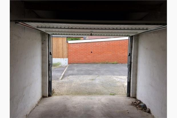 Garage, Torhout