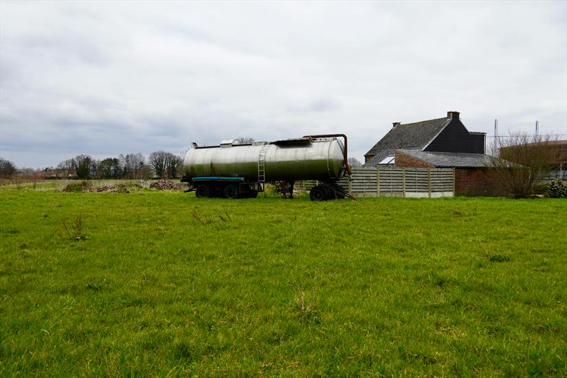 Dwelling for sale |  with option - with restrictions in Koningshooikt