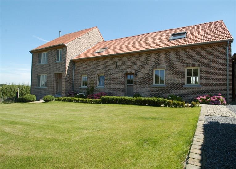 Farm sold in Attenrode