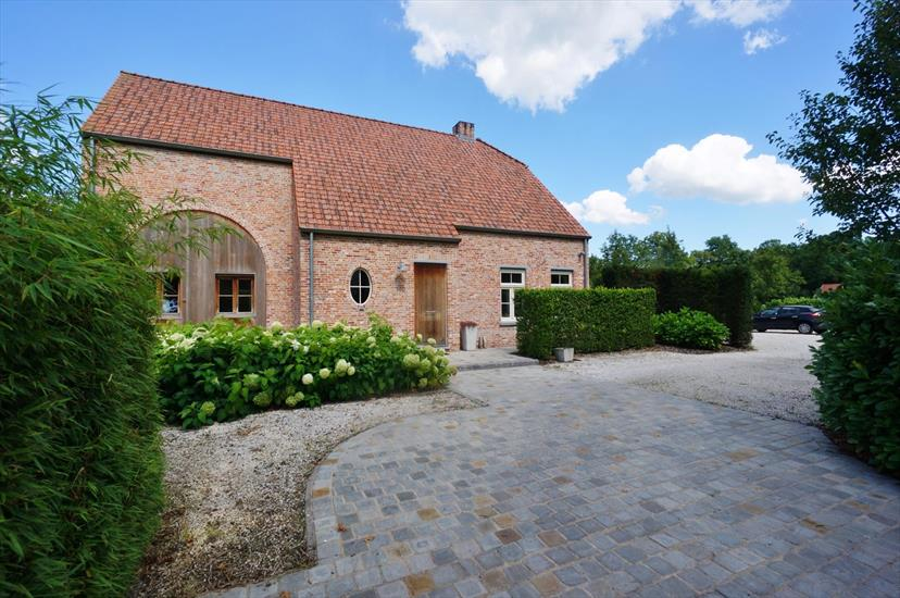 Country house for sale in Beerse