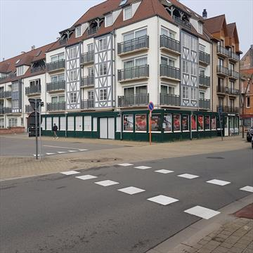 For sale - Commercial shop - Koksijde