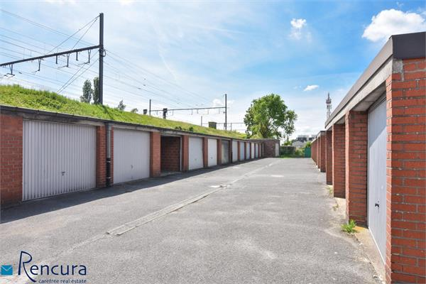 Building for sale in Petegem-aan-de-Leie