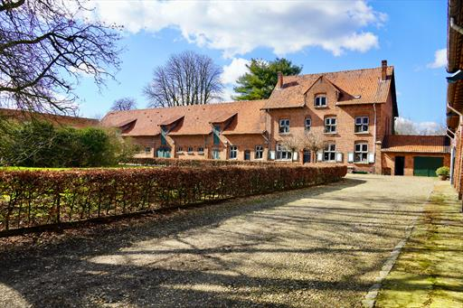 For sale estate - Poppel